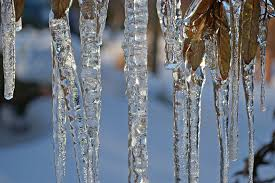 Iced water stalactites