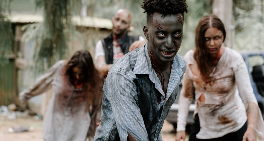Images of zombies walking around.